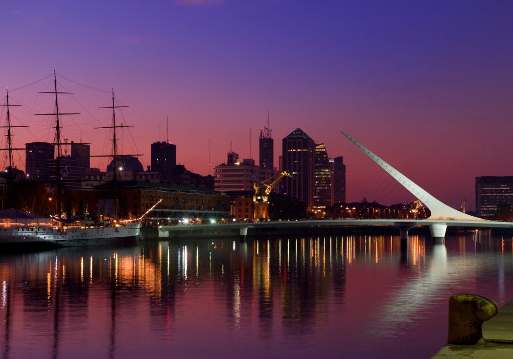 Clique na foto e encontre voos baratos para Buenos Aires!