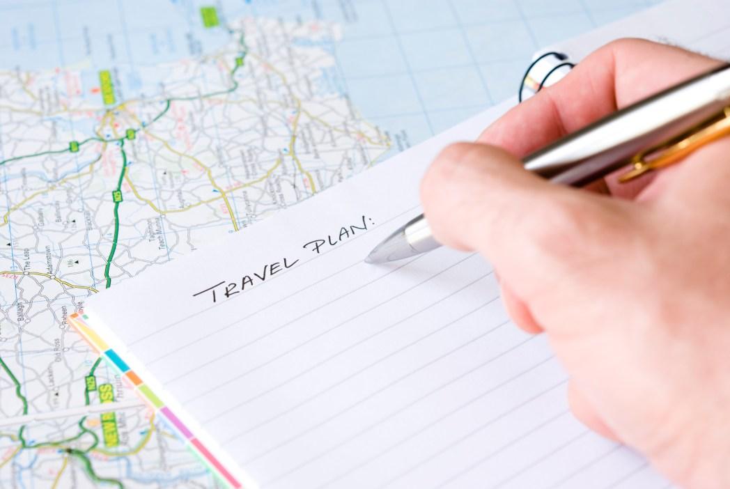 Veja o que não pode faltar na check-list de uma viagem para o exterior! Clique na foto!