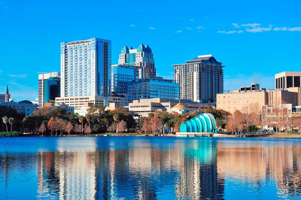 Clique na foto e busque passagens aéreas para Orlando!