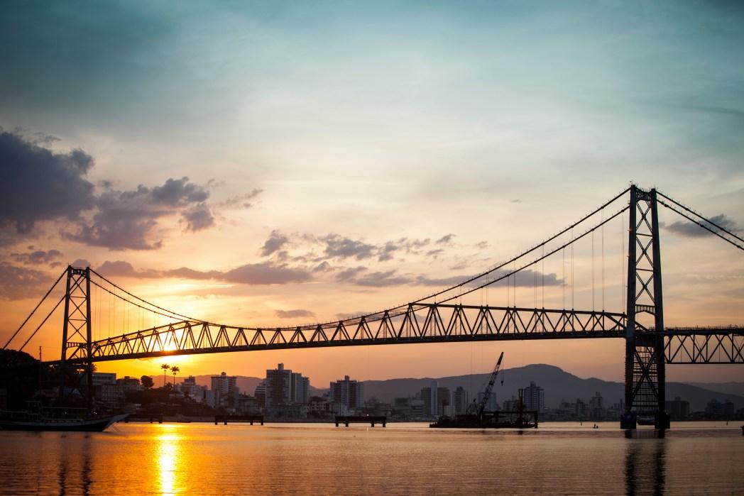 Clique na foto para buscar hotéis em Florianópolis!