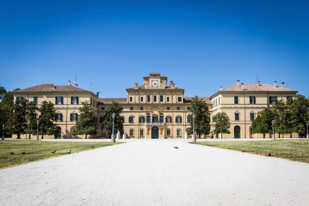 Busque um hotel em Urbino, clicando na foto!