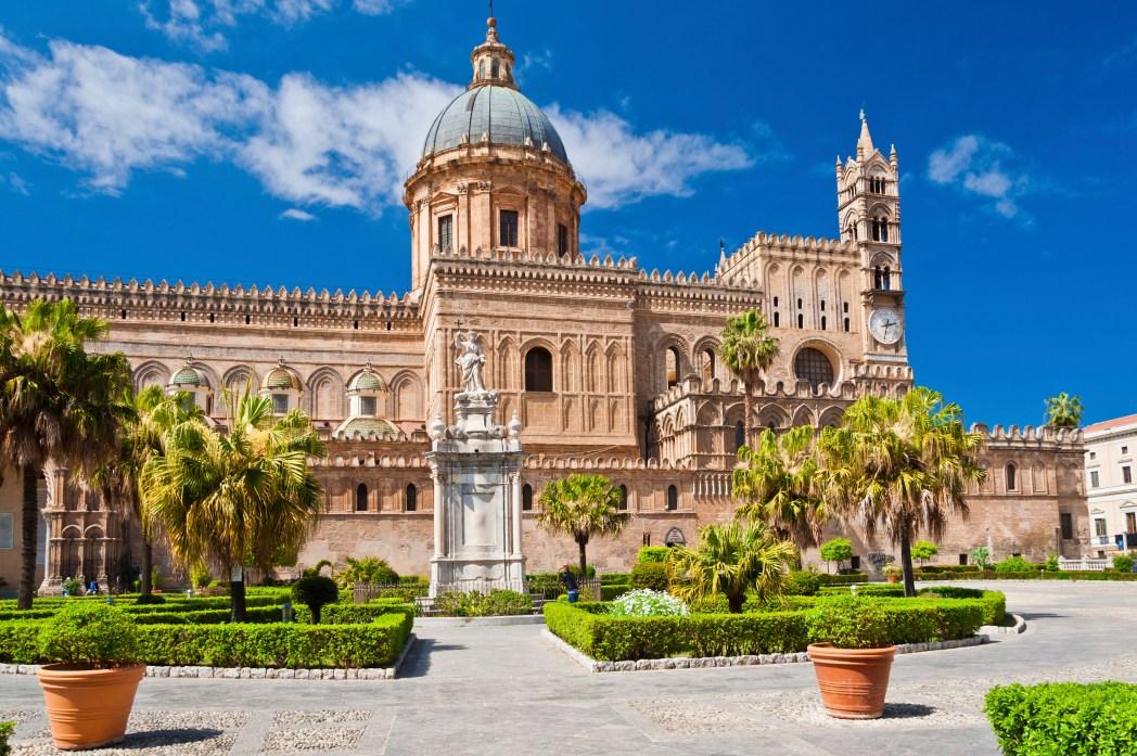 Ao clicar na foto, você encontra as melhores ofertas de hotéis em Palermo!