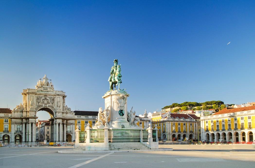 Busque suas passagens aéreas para Lisboa, é só clicar na foto!