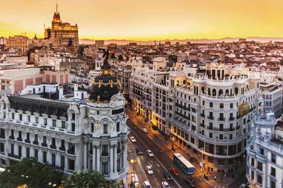 Clique na foto e conheça 9 motivos para viajar para a Espanha!