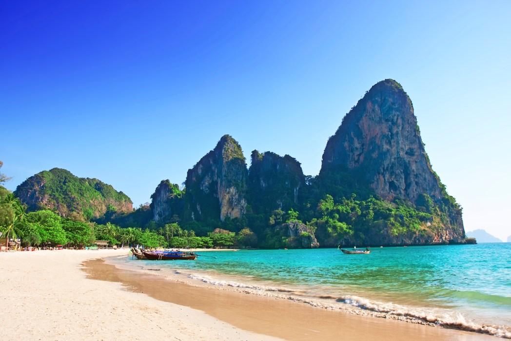 Ao clicar na foto, você confere oferta de hotéis na praia de Railay!