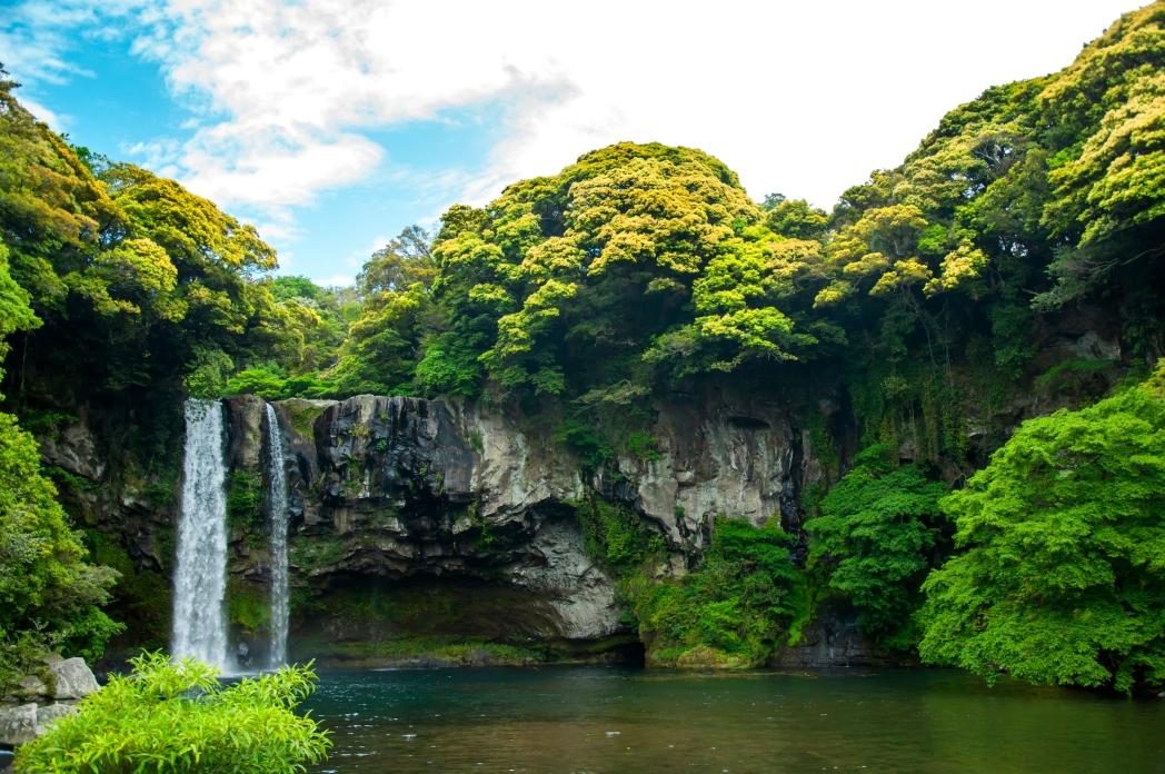 Busque hotéis na Ilha de Jeju, clicando na foto!