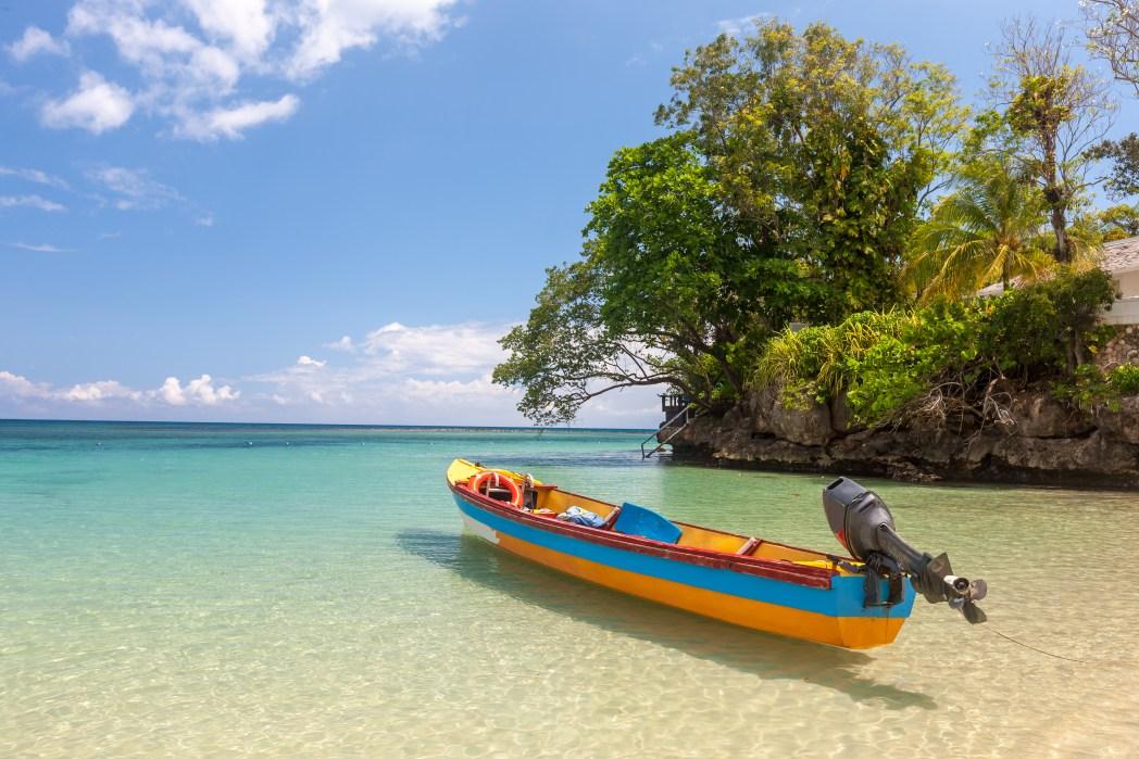 Clique na foto para saber quais destinos no Caribe têm as passagens aéreas mais baratas!