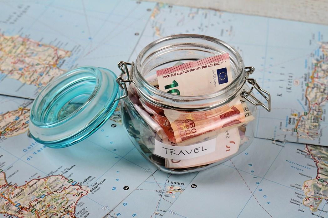 Clique na foto e veja dicas para juntar dinheiro e viajar mais!