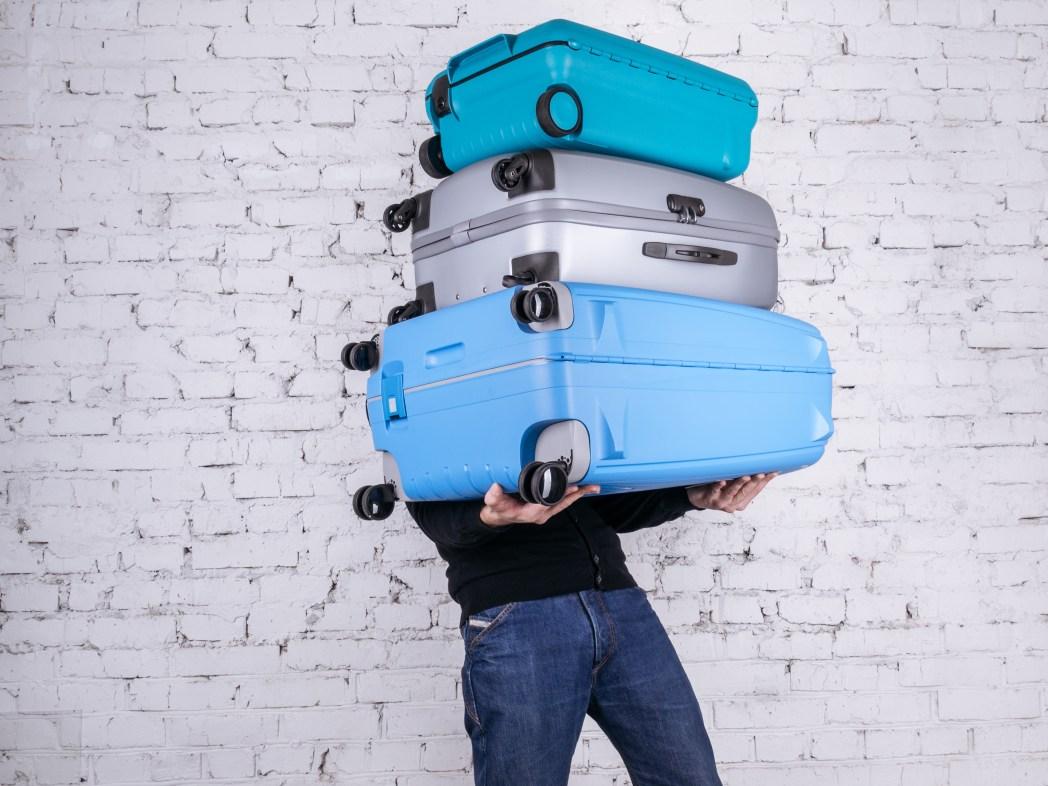 Saiba qual é a melhor mala de viagem, clique na foto!