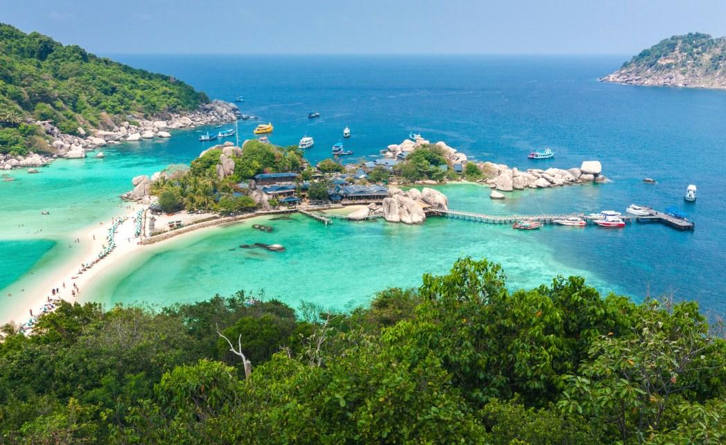 Encontre hotéis em Koh Tao e região, clicando na foto!