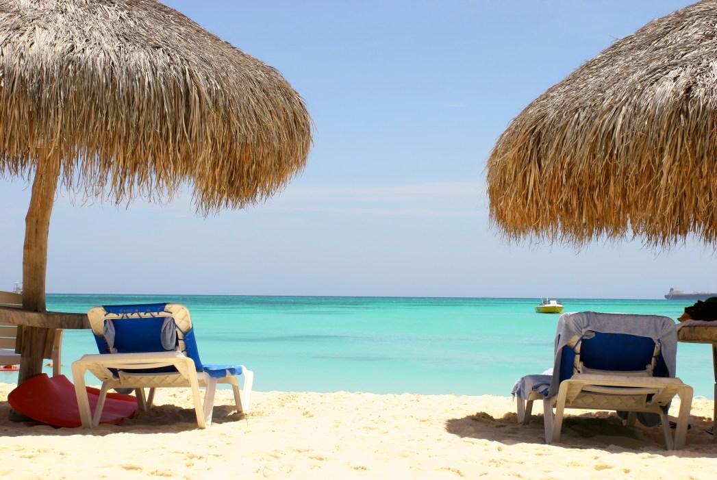 Conheça as melhores praias de Aruba e Curaçao, basta clicar na foto!