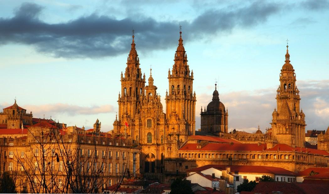 Encontre os voos mais baratos para a Espanha, clicando na foto!