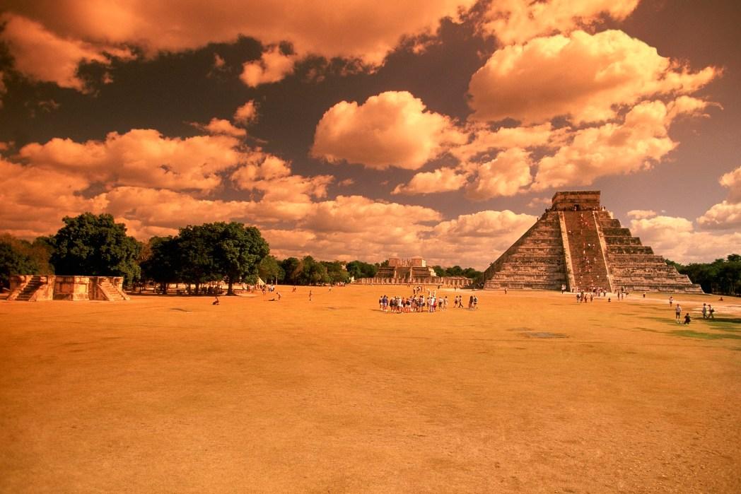 Clique na foto para buscar um hotel em Chichén Itzá!