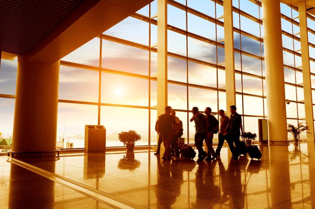 Saiba como proteger suas malas de furtos e roubos em aeroportos. É só clicar na foto.