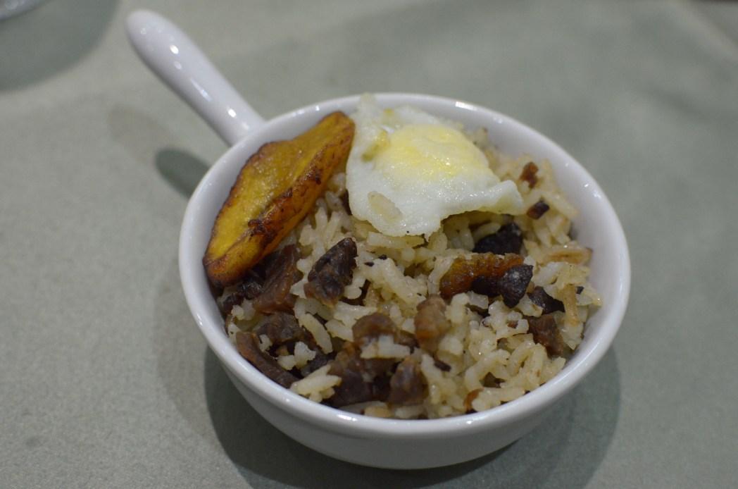 Confira as variedades de comida de rua de Norte a Sul do país, clique na foto!