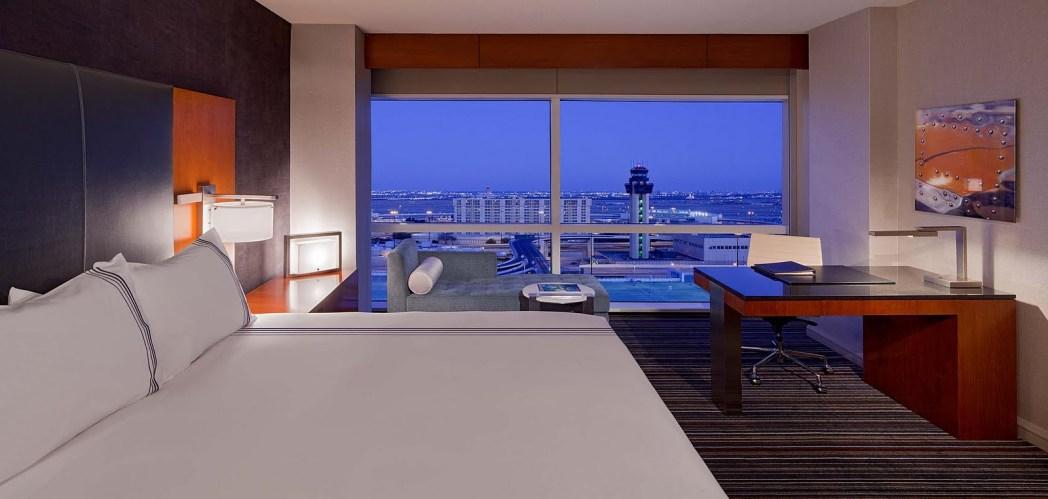 Para reservar seu quarto no Grand Hyatt DFW, é só clicar na foto!
