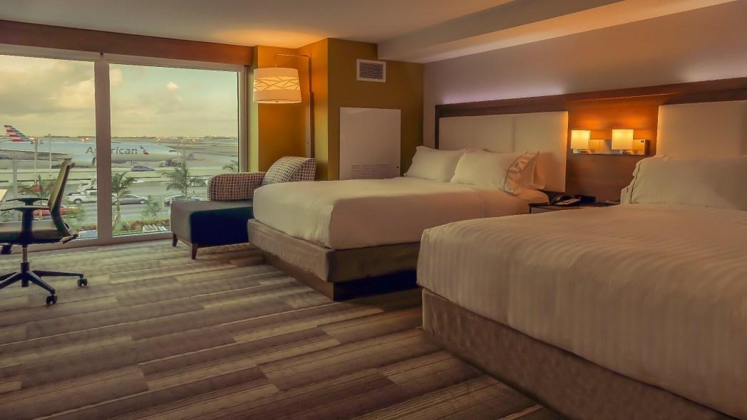 Faça sua reserva no Holiday Inn Express & Suites Miami Airport, é só clicar na foto!