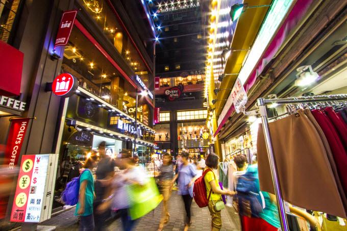 Veja 10 destinos para fazer compras no Brasil e no exterior, clique!