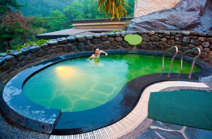Clique na foto e encontre os destinos mais baratos para conhecer no Sudeste Asiático!